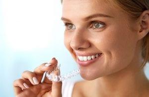 Skaidrios dantų tiesinimo kapos - ypatingai patogus dantų tiesinimo būdas