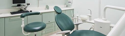 Kaip išsirinkti odontologijos kliniką, kuriai patikėsite savo dantų gydymą